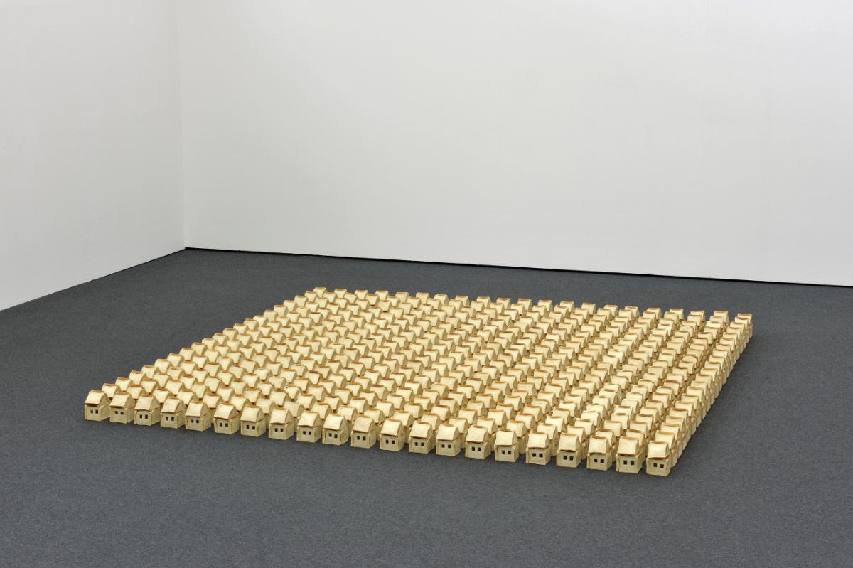 Ohne Titel, 2011, Toastbrot, Stecknadeln, 310 X 310 X 16 Cm, Wilhelm-Hack-Museum, Ludwigshafen